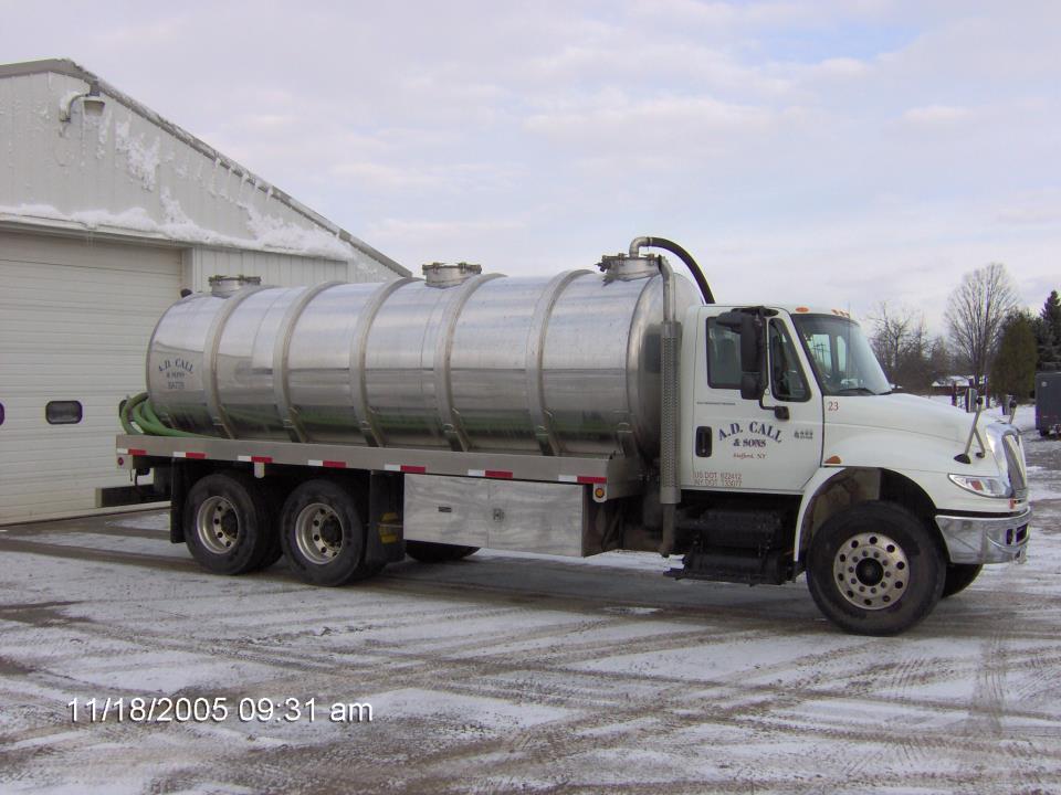 Bulk liquid hauling service