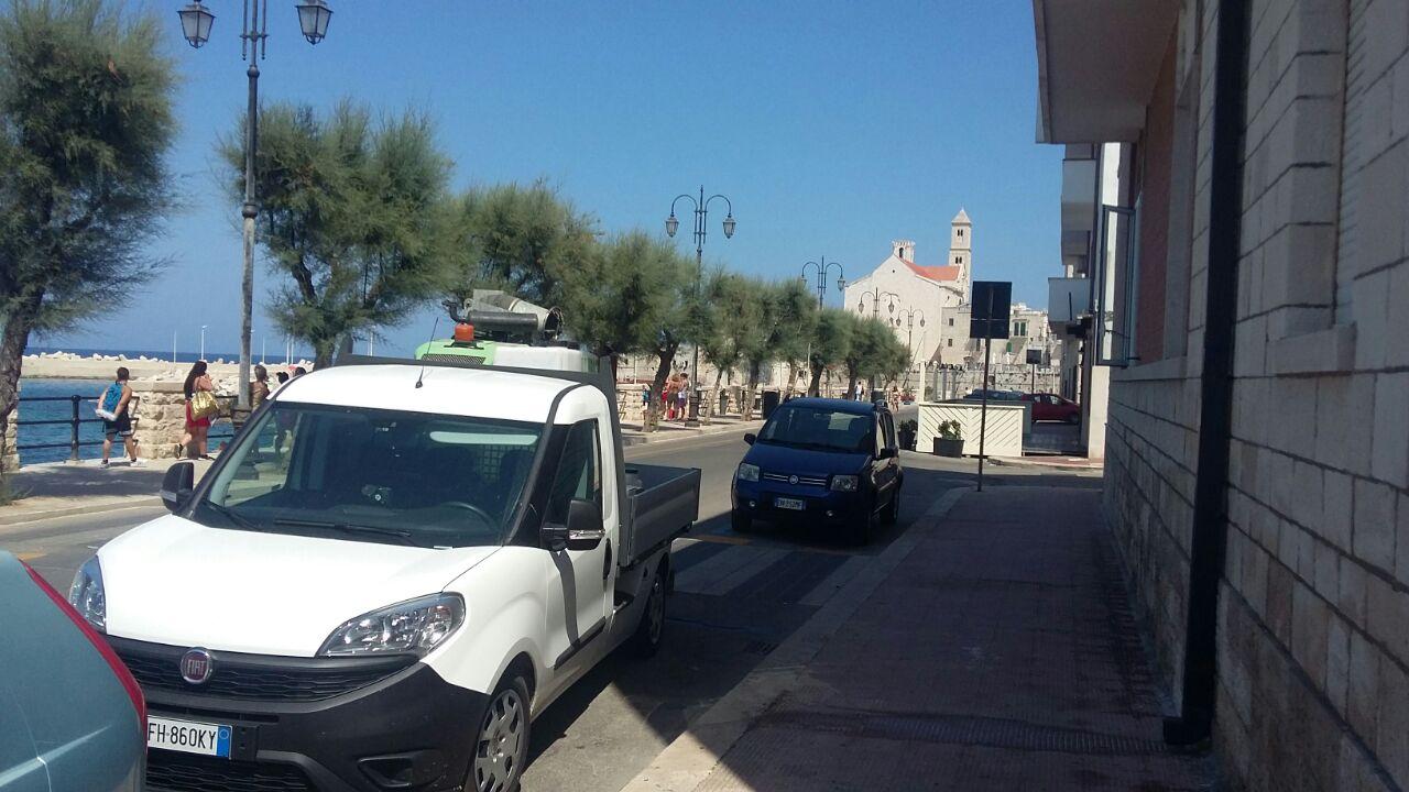 furgone della ditta