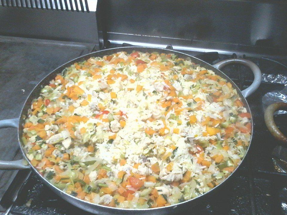 pentolone di riso con verdure