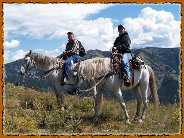 Wyoming Horse back trip guide