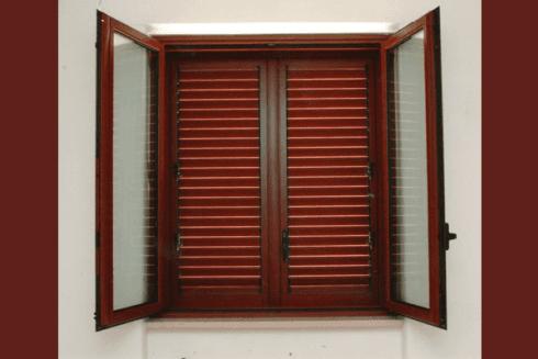 componenti in ferro per finestre