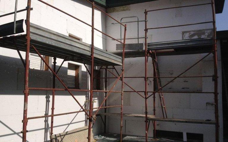 ristrutturazione edifici erba