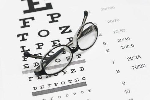operazioni di microchirurgia oculare