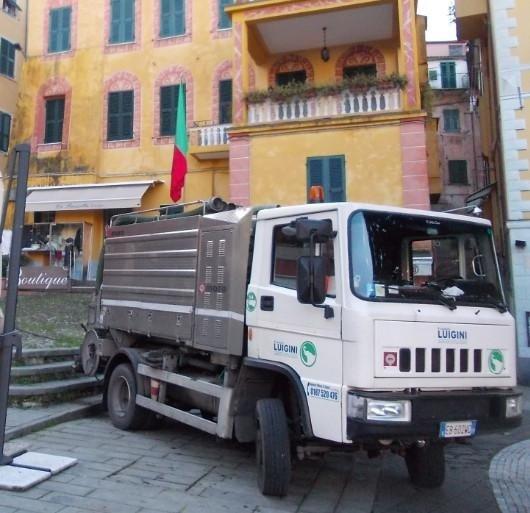 mezzo Spurgo tubature La Spezia Luigini ecologia