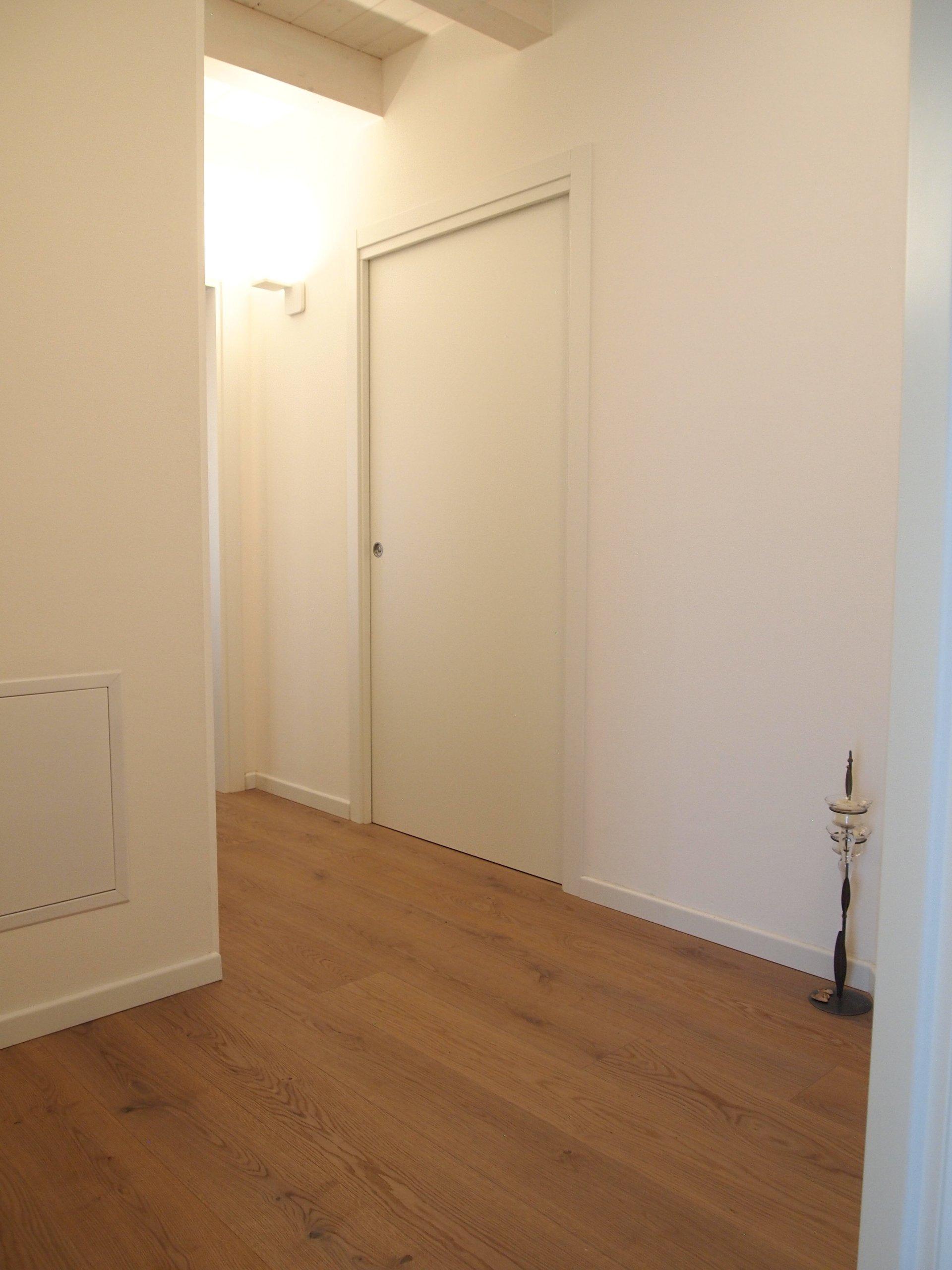 muri bianchi e parquet