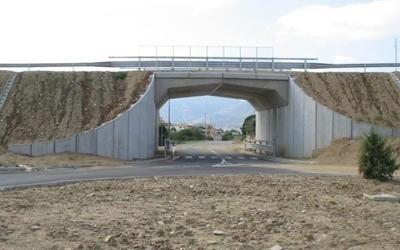Spalle da ponte a Villasimius