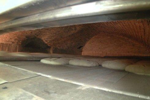 Fase di cottura del pane.