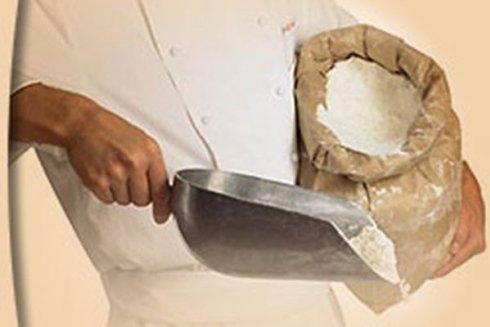 Farina per la preparazione del pane.