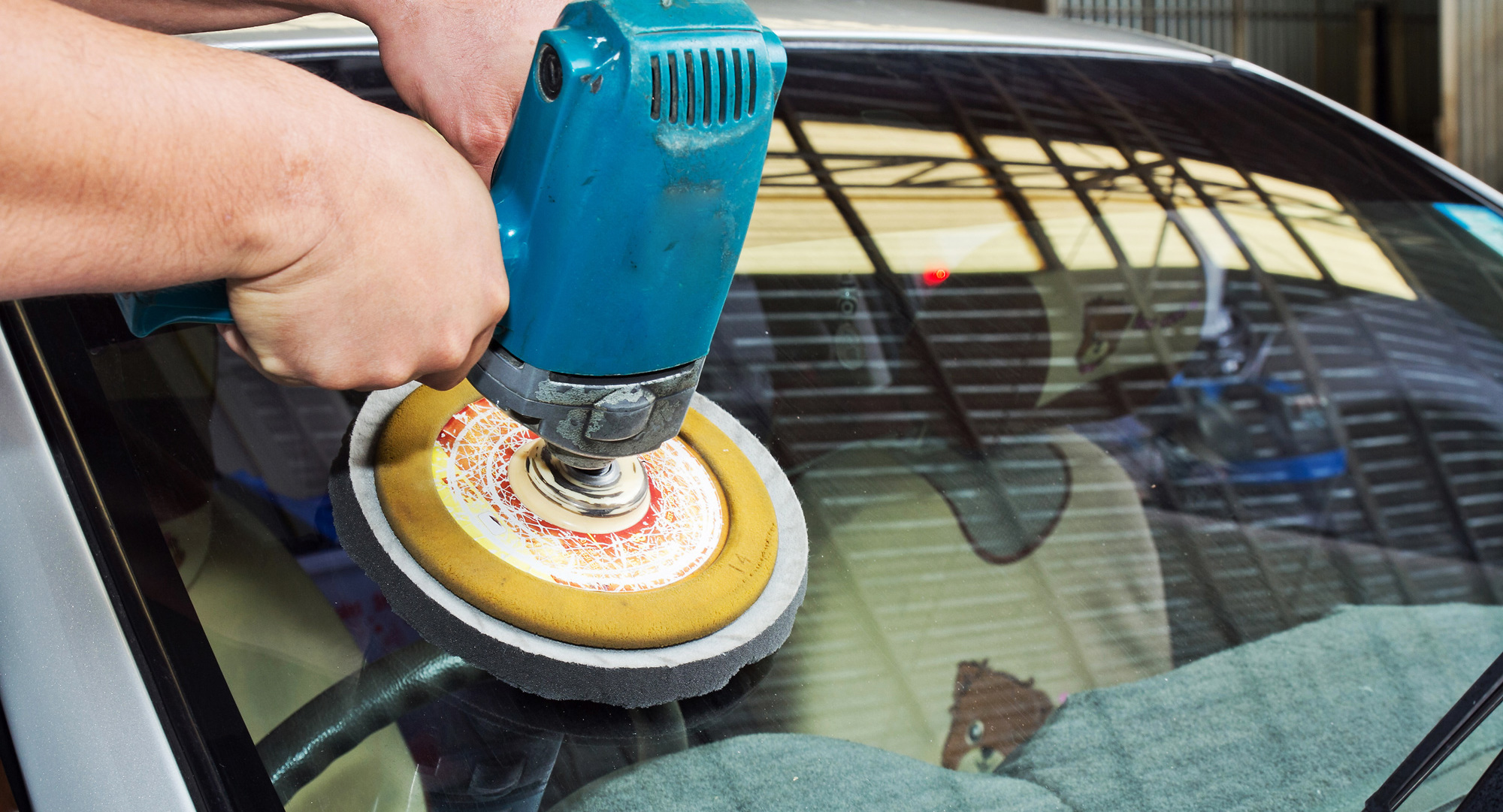 Trusted auto glass repair business in Mohave Valley's