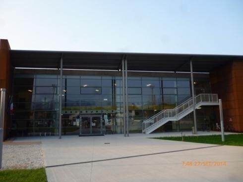 Tettoia in acciaio zincato lamiera entrata Scuola Bellavitis Bassano 09- 2014