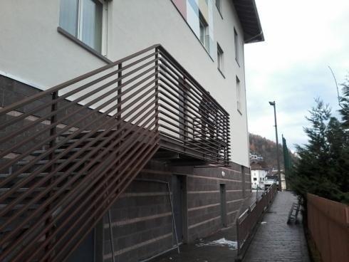 Parapetto Scala Scuola Albiano 2012