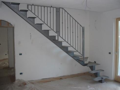 Scale interne trento pergine carpenteria lelli - Scale usate per interni ...