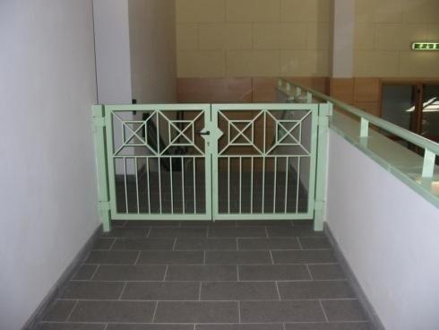 Cancello 2 ante palestra Predazzo-Impregilo
