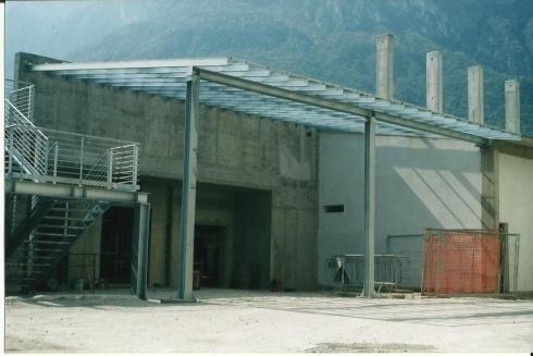 Tettoia cantina Cavit 2003
