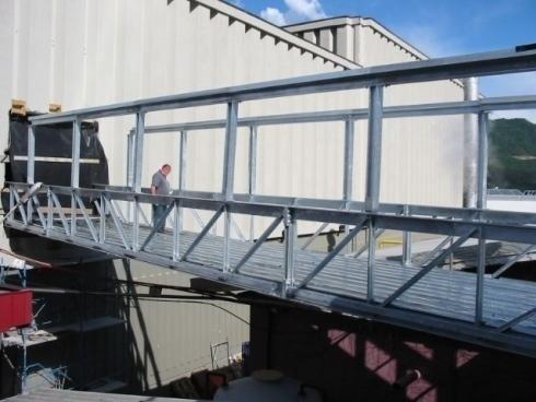 Ponte Collegamento edifici Cantina CAVIT Trento 15x4MT