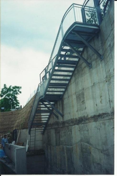 Scala acciaio zincato Laste Trento