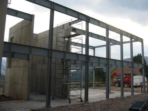Travi Costruzione asilo Seregnano Trento 2008