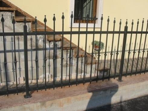 Recinzione abitazione ferro battuto