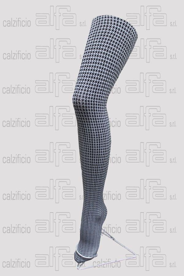 houndstooth pattern tights