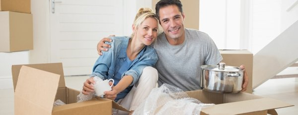 burleigh mini stores removals couples opening the packages