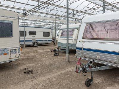 burleigh mini stores removals caravan storage