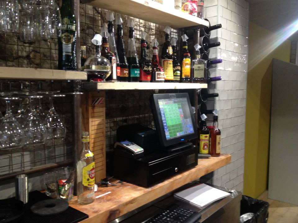 EPOS system with built in cash draw