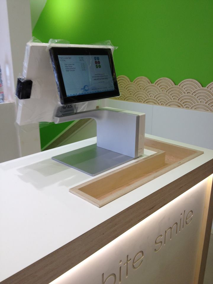 EPOS system with built-in product scanner