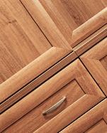 mobili in legno cisano bergamasco