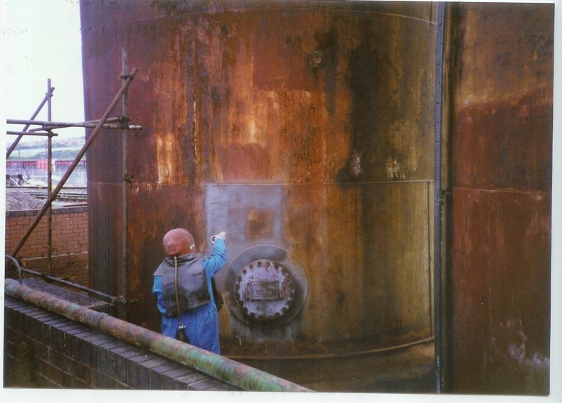 Cleaning a tank - Newcastle, South Sheilds, Manchester - Intertank Services Ltd
