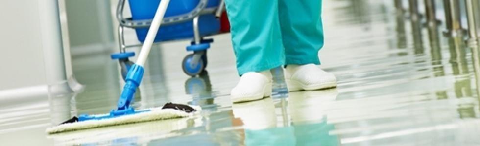 pulizia di pavimenti