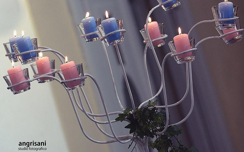 candelabro viola con cadele
