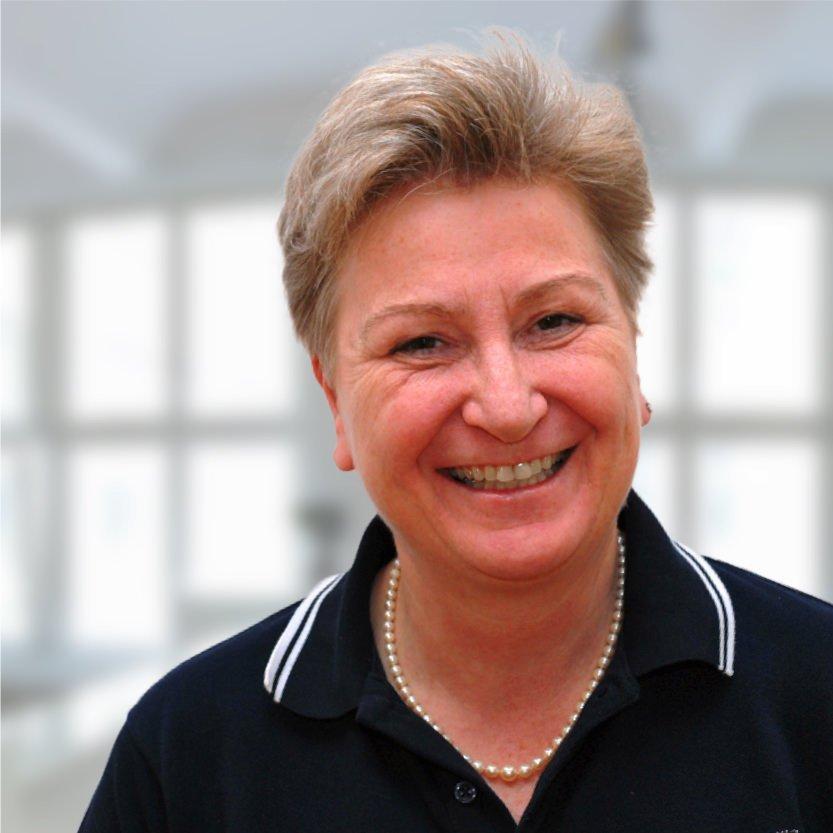 Dr. Eva Wüstinger, Zahnärztin in München-Haidhausen: Ästhetische Zahnheilkunde mit Bleaching, Veneers, Lumineers, weißen Zahnfüllungen und mehr