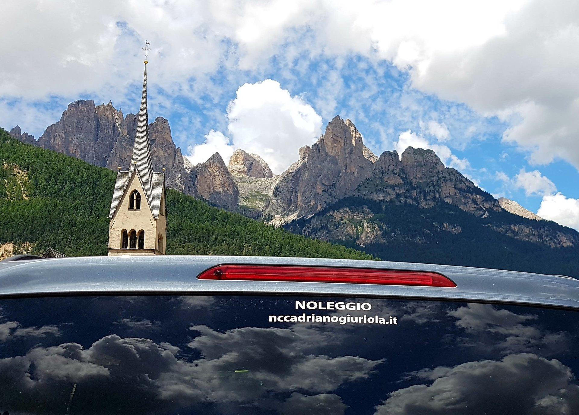 auto noleggiata vicino le Dolomiti
