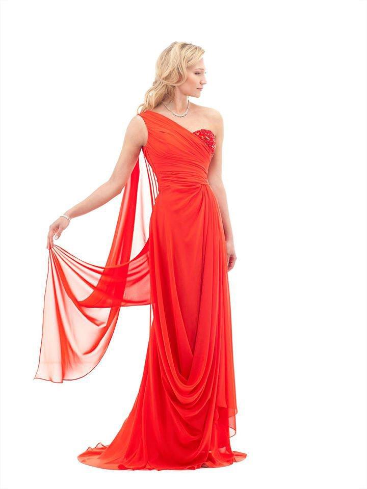 abito lungo da gala per donne rosso.
