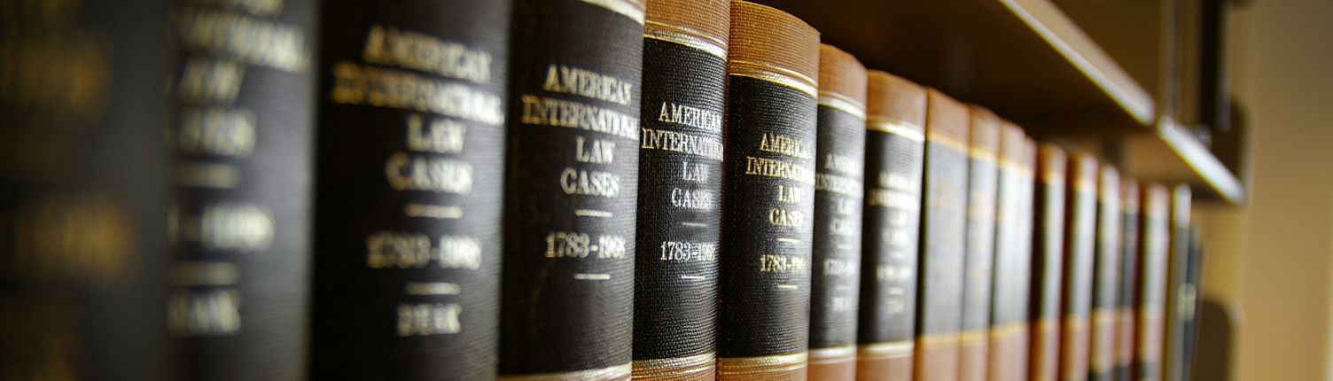 Legal support books that are used by lawyers in Batavia, OH
