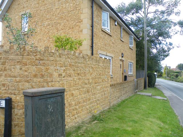 dressed walling stone for domestic building