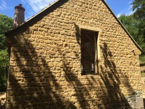 SEMI-DRESSED WALLING STONE