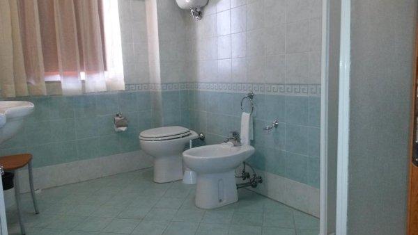 bagno camera quadrupla