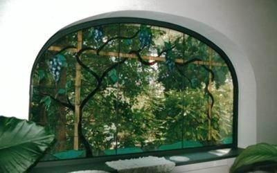 vetrata con decoro