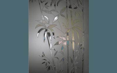 vetrata con decorazione