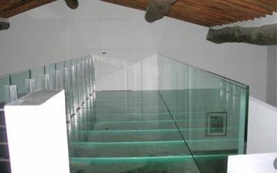 progettazione soppalchi in vetro