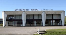 Esterno sede Riviera Arredamento