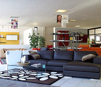 negozio di arredamento, vendita mobili, centro di vendita arredamento