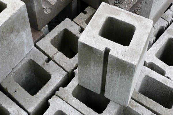 mattonelle per lavorazioni edili in cemento