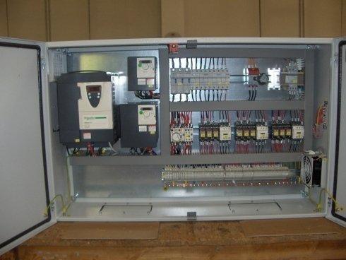 Quadro elettrico impianto di sollevamento 15t