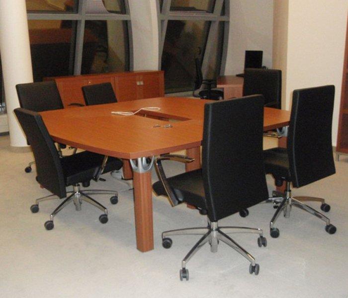 Mobili Per Ufficio Perugia.Arredamento Per Uffici Bastia Umbra Pg Desantisufficio