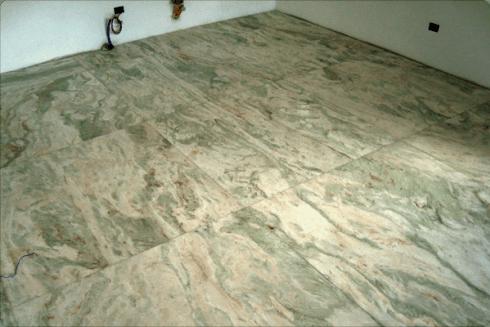 Diamo sempre consigli sulla pulizia di ogni tipo di marmo, per avere pavimentazioni lucenti.