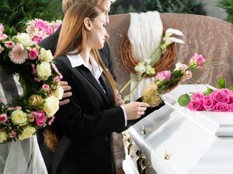 disbrigo pratiche funerarie barge