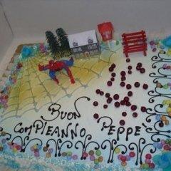 torta con uomo ragno