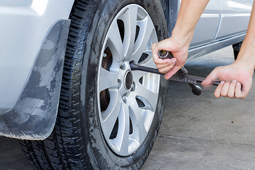 Expert providing tire fitting service in Banbury, OX